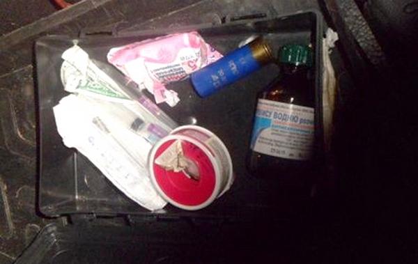 Курские таможенники обнаружили в аптечке патрон