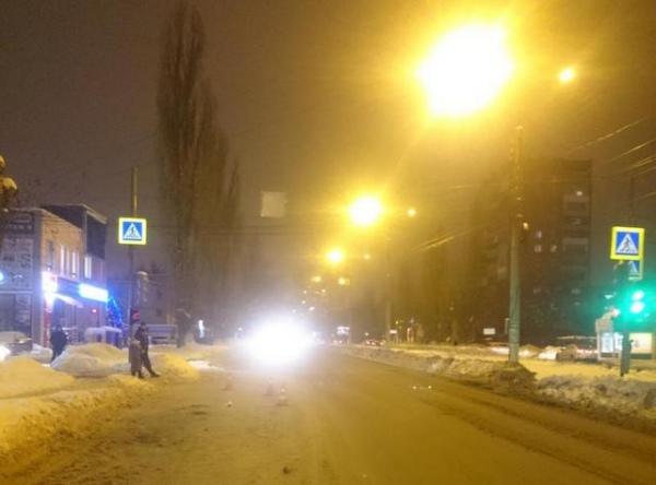 В Курске водитель сбил на переходе пенсионерку и скрылся