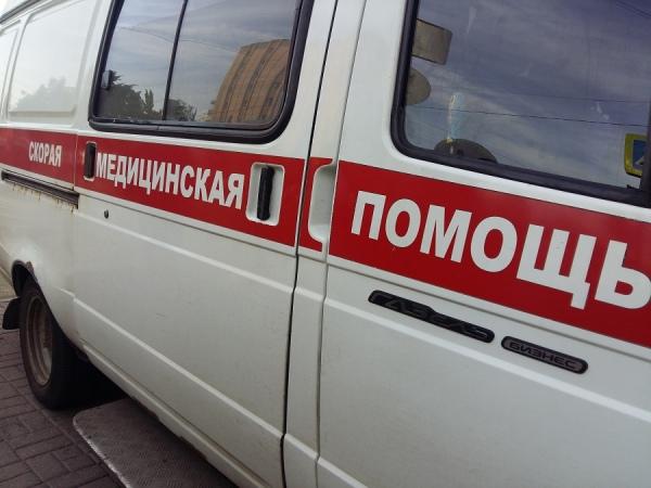 """В Дмитриеве в столкновении """"Шевроле"""" и ВАЗа пострадала женщина"""