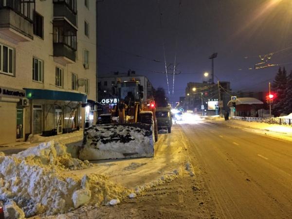 Курские дорожники борются с последствиями снегопада