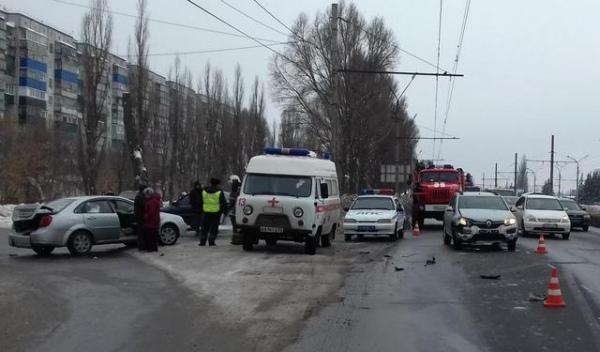 В Курске в аварии пострадала 8-летняя девочка