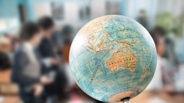 Курскую учительницу географии восстановили наработе только после вмешательства суда ипристава