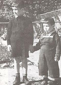 Братья были дружны с детства