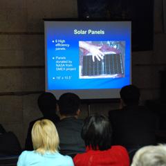 Студентам рассказали о принципах работы малого спутника