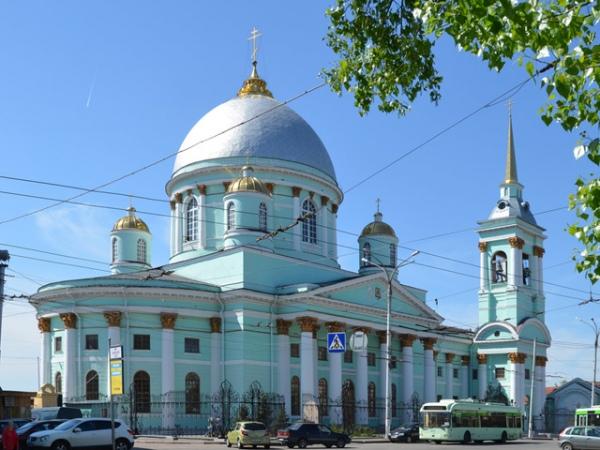 Знаменский кафедральный собор – один из главных символов Курска