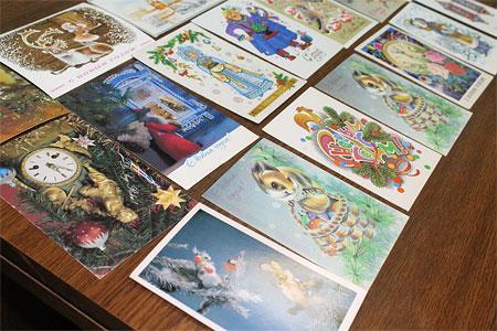 У владельца галереи «АЯ» Олега Радина много интересных открыток