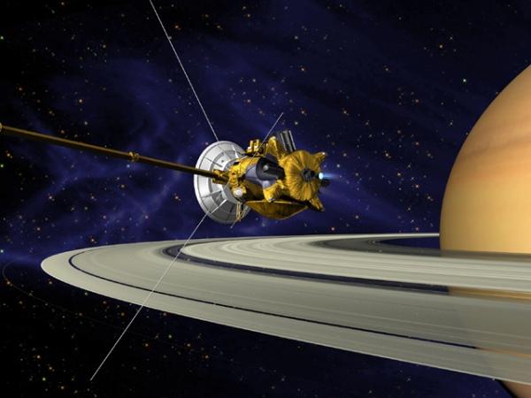 Cassini заснял «пропеллеры» вкольцах Сатурна