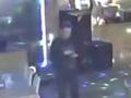 В Курске ищут подозреваемого в краже телефонов у посетителя бара